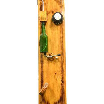 Otro escanciador nuevo, en esta ocasión el tradicional de tabla para la pared.